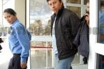 Foto de archivo. Mauro Eldahuk sale de tribunales esposado