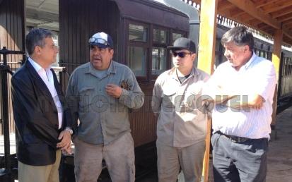 Con personal de La Trochita